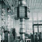 Насадка втулки на вал ротора гидрогенератора Токтогульской ГЭС